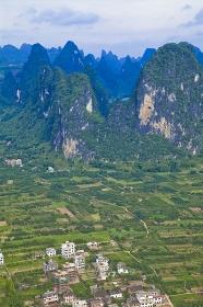 中国・桂林郊外 興坪鎮の町並み