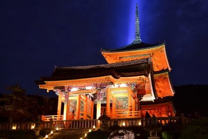 京都 清水寺 紅葉ライトアップ