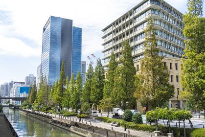 東京の風景 運河と街並み
