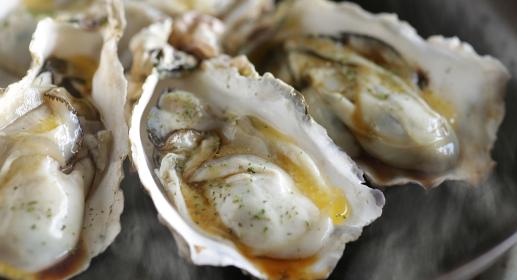殻付き牡蠣のバター醤油焼き