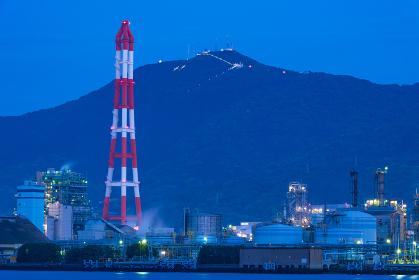 北九州工業地帯の美しい工場の夜景
