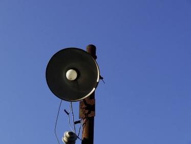裸電球の外灯