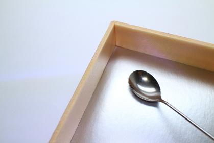 ステンレス製のスプーン