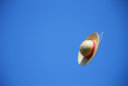 空と麦わら帽子