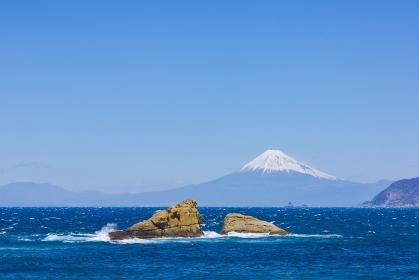 【静岡県】自然景観 西伊豆雲見海岸からの富士山