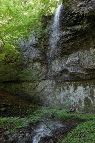 阿唱念の滝 (群馬県・下仁田町)(物語山)