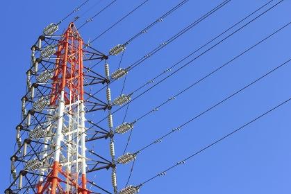 高圧送電線鉄塔