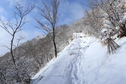 冬季鍋割山の稜線歩き (群馬県・赤城山)