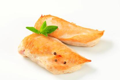 Seared chicken breast fillets
