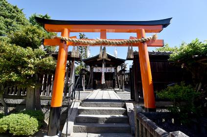 劔神社 鳥居と拝殿 京都市東山区
