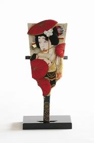 飾り用の伝統羽子板のミニチュア