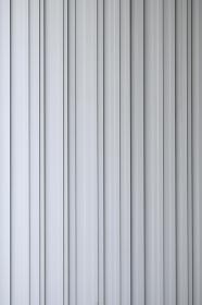 ストライプ模様の壁