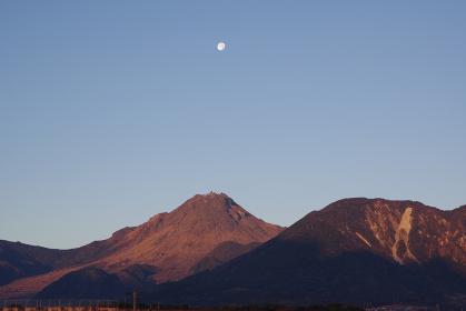 月と普賢岳