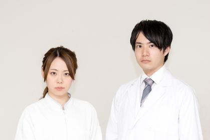 医者と看護婦(医療イメージ)