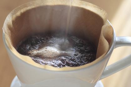 コーヒー ペーパードリップ