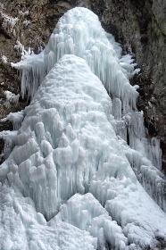 群馬県・中止の滝 (氷瀑)(冬季)