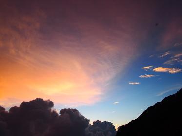 北アルプス穂高岳山荘からの夕焼け