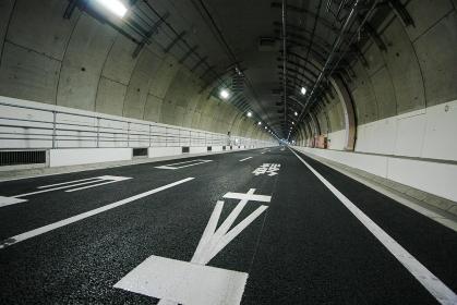 中央環状線山手トンネル(首都高速道路・東京都)
