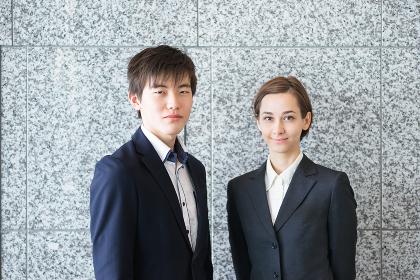 外国人の男女のビジネスイメージ(国際化のイメージ)