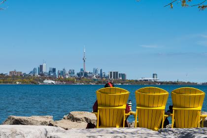Beautiful views to Downtown Toronto