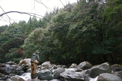 フライフィッシング 渓流釣り 釣り