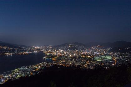 鍋冠山公園展望台からの長崎市街地夜景