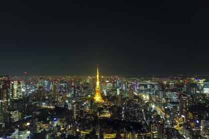 ビルの屋上から見る東京の夜景
