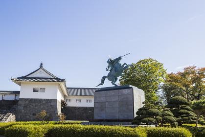 霞城公園 最上義光公の像