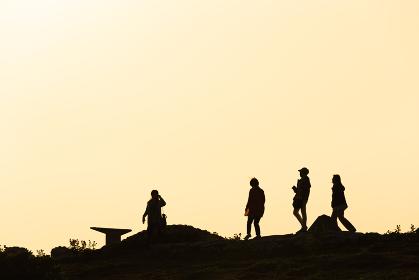 沖縄県波照間島・日本最南端地の夕景