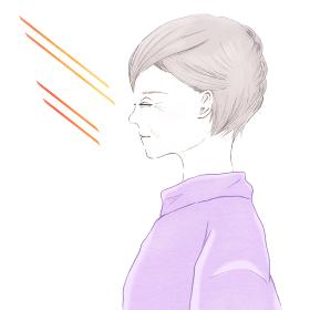 紫外線と目を閉じたシニア女性の横顔 UV 日焼け