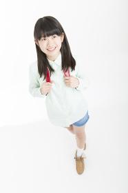 笑顔の女子小学生