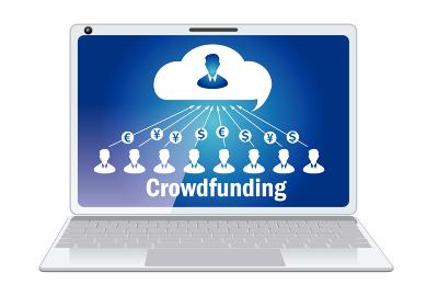 クラウドファンディングのイメージのノートパソコンのイラスト ITイメージ 投資・出資イメージ