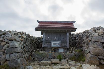 木曽駒ヶ岳の賽銭場