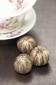 ジャスミン茶と中国茶器