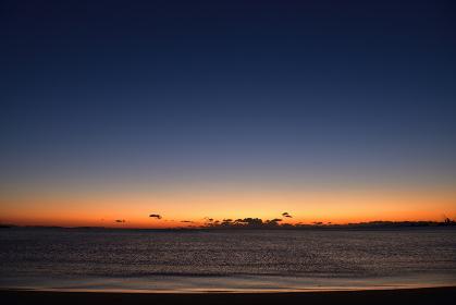 阿漕浦海岸からの日の出