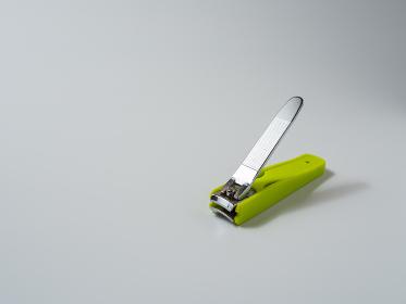 黄緑色の爪切り