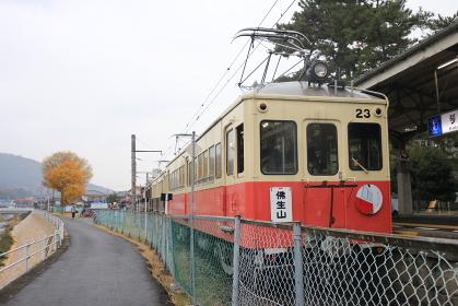琴電琴平駅レトロ電車23号