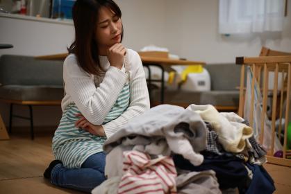 家事に疲れた女性