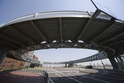 ループ歩道橋