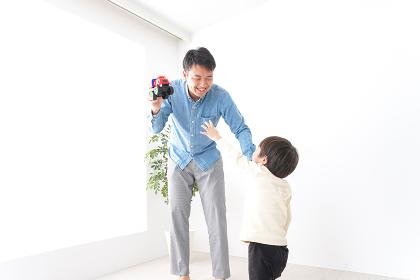お父さんと息子・イクメン