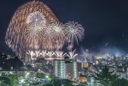 静岡県・熱海海上花火大会 2017 フィナーレの二尺玉