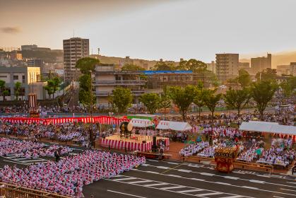 戸畑の街並みと戸畑祇園大山笠(福岡県北九州市)