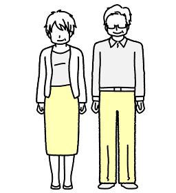 立っているおじいちゃんとおばあちゃん シニア男女