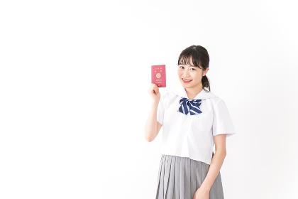 海外留学・修学旅行に行く女子学生