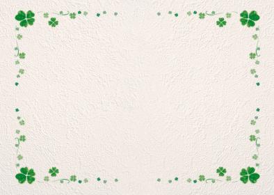 白い壁にクローバーのフレーム背景素材