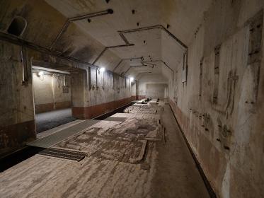 対馬 豊砲台跡の内部構造の写真