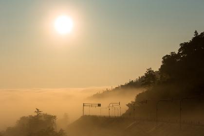 日本・7月の北海道 日勝峠、夜明けの雲海
