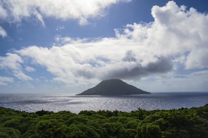 八丈島から見る八丈小島