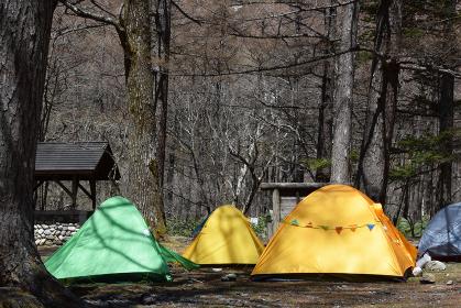上高地のキャンプ場 テント トレッキング 野営 トレッキング
