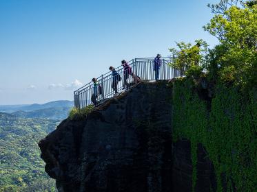 千葉県鋸山のじごくのぞきの展望台